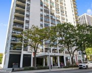 1455 North Sandburg Terrace Unit 706, Chicago image