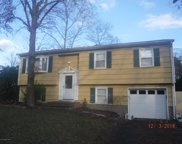 9 Sun Ray Drive, Toms River image