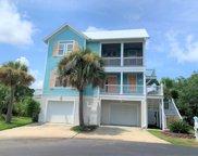 9 Key West  Drive, Harbor Island image