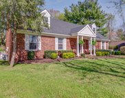 302 W Chownings Ct, Franklin image