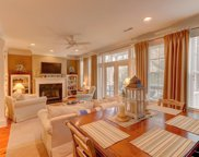 1576 Sea Palms Crescent, Mount Pleasant image