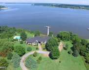 411 CINNAMON TEAL DRIVE, Centreville image