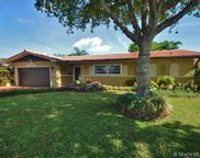 7343 Loch Ness Dr, Miami Lakes image