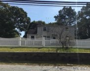 496 Johnson  Ave, Lake Ronkonkoma image