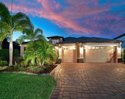 617 Honeyflower Loop, Bradenton image