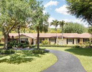 5735 Sw 111th Ter, Pinecrest image