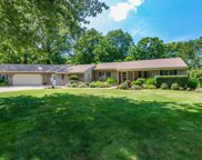 9001 Mountain View  Drive, Mentor image