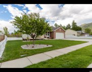 628 Independence  Cir, Perry image
