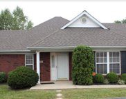 7902 Manner Pointe Dr, Louisville image