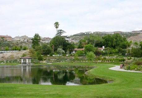 Tesoro del Valle Clubhouse and Lake