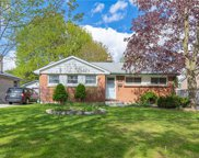 154 Burnside  Drive, London image