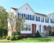 301 Lakeview Ct, Adams Twp image