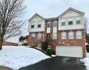 220 Redfield Dr, Collier Twp image