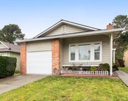 633 Foothill Dr, Pacifica image