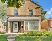 2842 West Chase Avenue, Chicago image