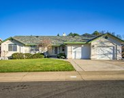 2215 Dartmouth, Redding image
