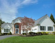 13 Hunting Hollow Ct, Dix Hills image