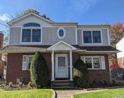 1511 New Hyde Park  Drive, New Hyde Park image