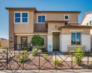 691 N Sparrow Court, Gilbert image
