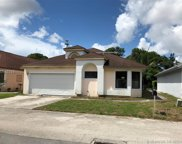 814 E Palm Run Dr, North Lauderdale image