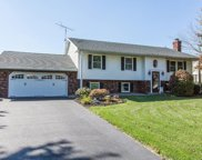 20 Greenview Circle, Quarryville image