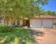 3916 Stoney Hl, Round Rock image