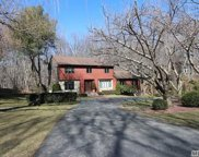 33 Brookfield Rd, Northport image