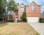 332 Crescent Ridge Drive, Fort Worth image