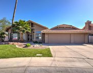 1025 W Lakeridge Drive, Gilbert image