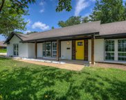 3920 Wedgworth Road S, Fort Worth image
