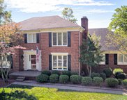 311 Lake Forest Pkwy, Louisville image