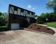 728 Woodlawn Dr, Chartiers image