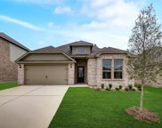 7512 Noble Oaks Drive, Fort Worth image