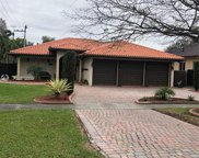 910 Pinecrest Dr, Miami Springs image