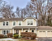 1608 Valley View Ct, Franklin Park image