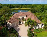 6951 Westchester Circle, Lakewood Ranch image