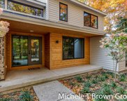 1636 Hillsboro Avenue Se, Grand Rapids image