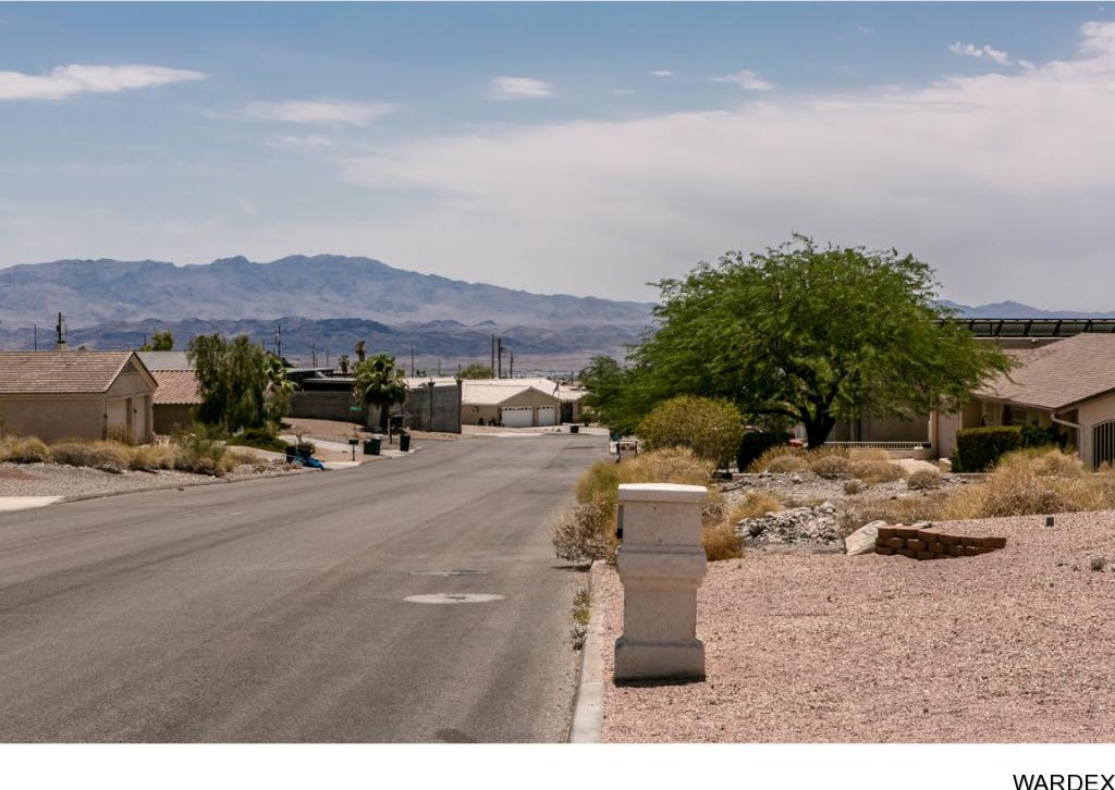 mohave county singles over 50 Mohave valley – a man died following a single-vehicle rollover accident july 28 in the area of boundary cone road and south girard avenue.