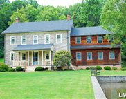 652 Mickley, Whitehall Township image