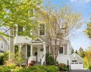 20 Edgewood  Avenue, Larchmont image