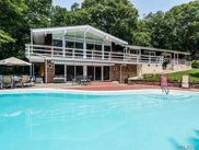 271 Bridle Path Ln, Mill Neck image