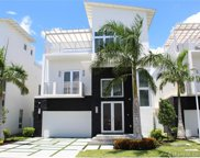 8435 Nw 34th Dr, Miami image