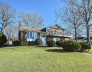 13 Beachway, Port Washington image