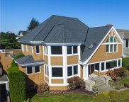2465 Crestmont Place W, Seattle image