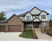 850 SOUTH, Rochester Hills image