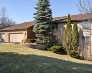 9 High Point Drive, Hawthorn Woods image