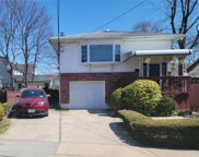32 Summit  Avenue, Lynbrook image