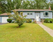 20 Stone Gate  Drive, North Kingstown image