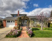 1660 White Oak Way, San Carlos image