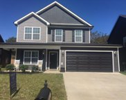 1269 Eagles View Dr, Clarksville image